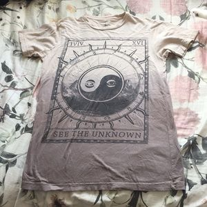 Earthbound see the unknown tarot graphic tee